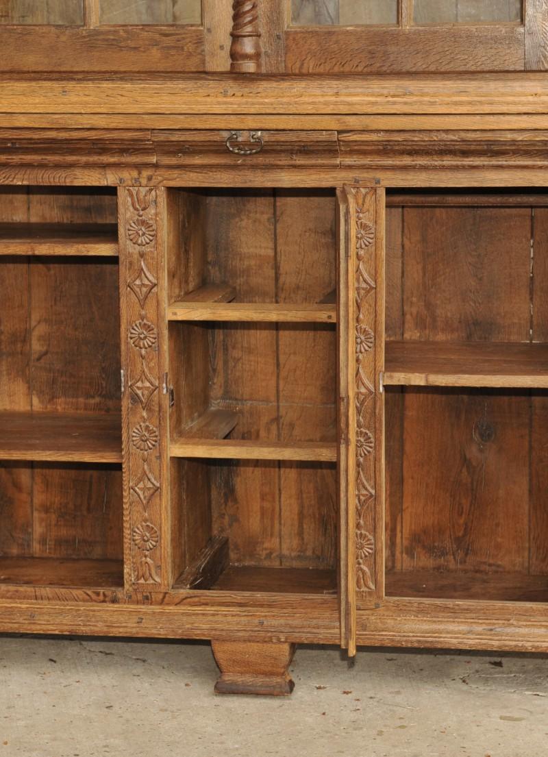barock anrichte mit aufsatz antik im hof. Black Bedroom Furniture Sets. Home Design Ideas