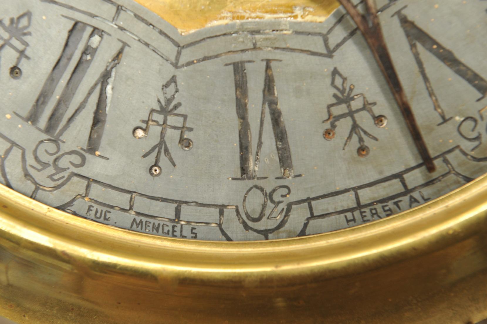 Bodenstanduhr Barock Eiche mit reichem Schnitzdekor