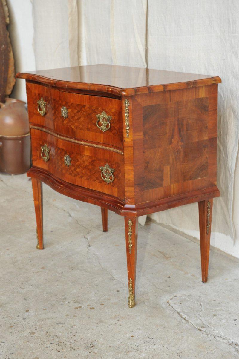empire kommode louis seize kommode antik im hof. Black Bedroom Furniture Sets. Home Design Ideas