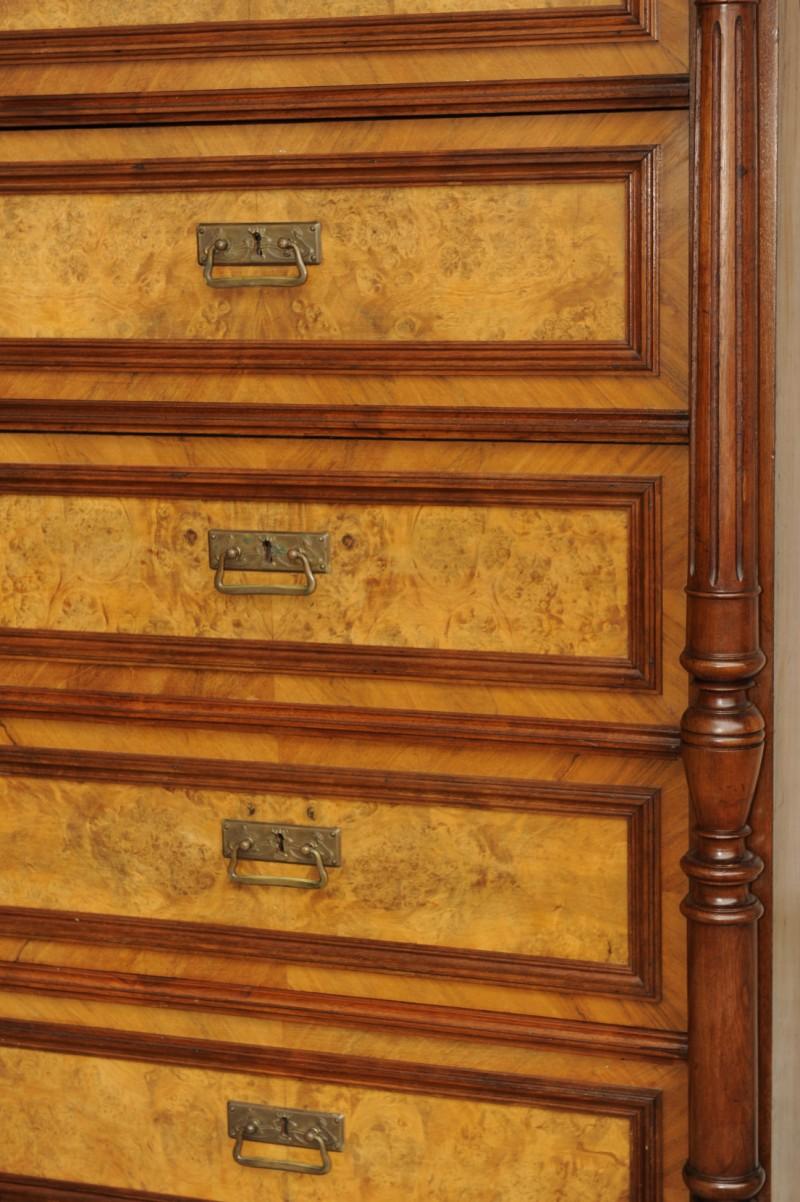 kommode pfeilerkommode nussbaum antik im hof. Black Bedroom Furniture Sets. Home Design Ideas