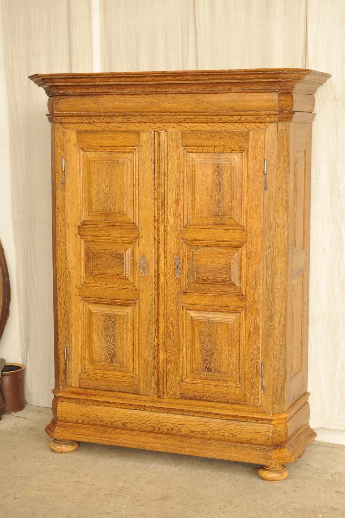 barockschrank eiche zerlegbar antik im hof. Black Bedroom Furniture Sets. Home Design Ideas