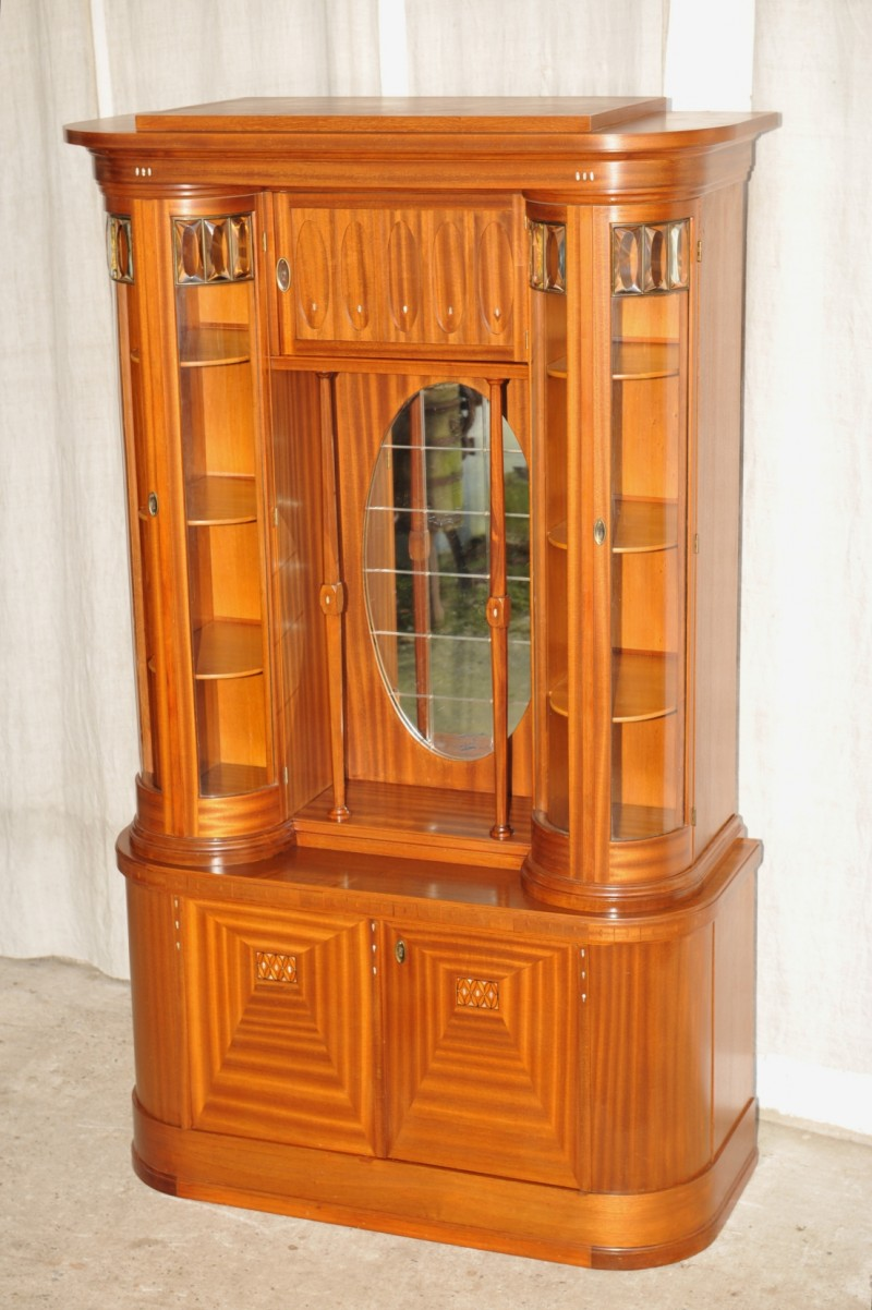 jugendstil vitrine mahagoni antik im hof designer vitrine vitrine jugendstil. Black Bedroom Furniture Sets. Home Design Ideas