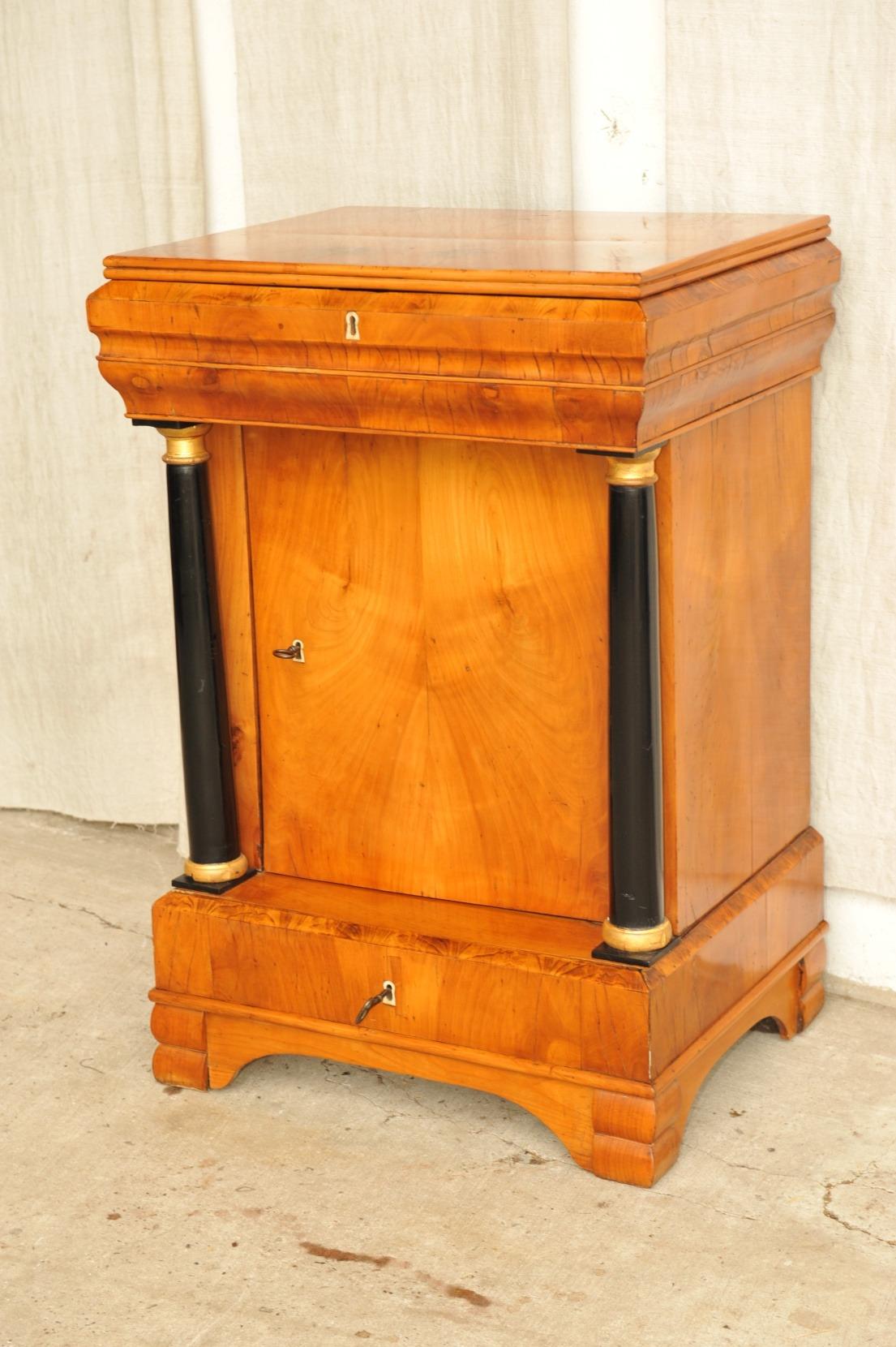 Galerie (verkaufte Möbel) | Produktkategorien | Antik im Hof