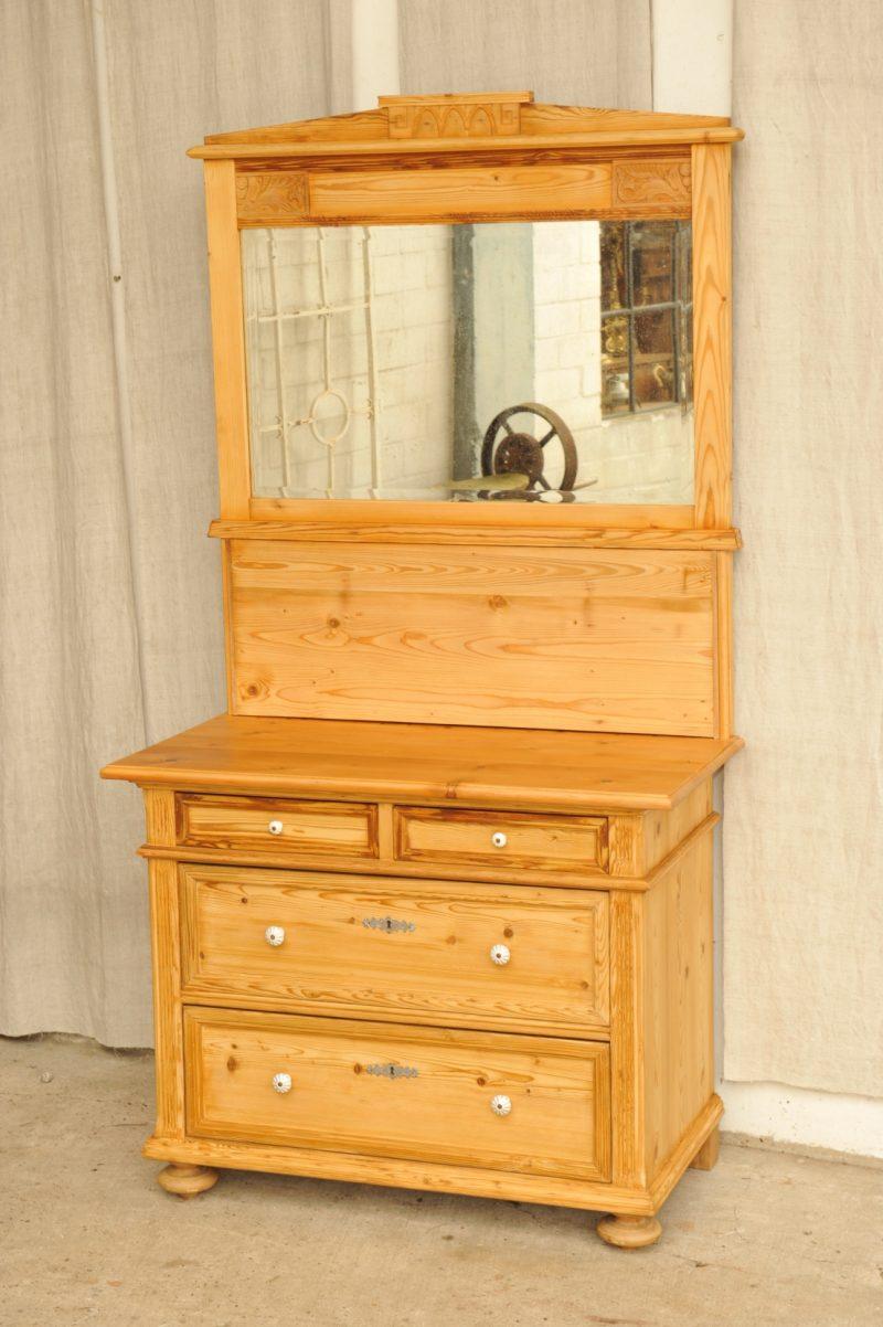 spiegel fur kommode spiegel via f r die kommode schlafzimmer kaufen bei kapa klassischer. Black Bedroom Furniture Sets. Home Design Ideas