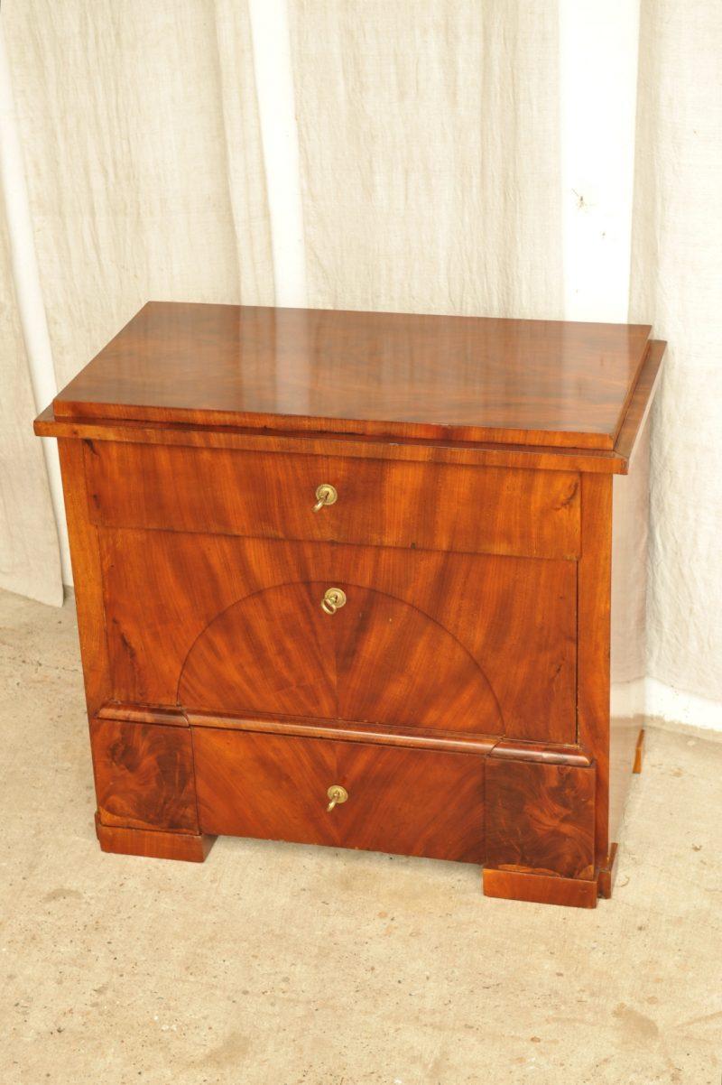 biedermeier kommode antik das beste aus wohndesign und. Black Bedroom Furniture Sets. Home Design Ideas