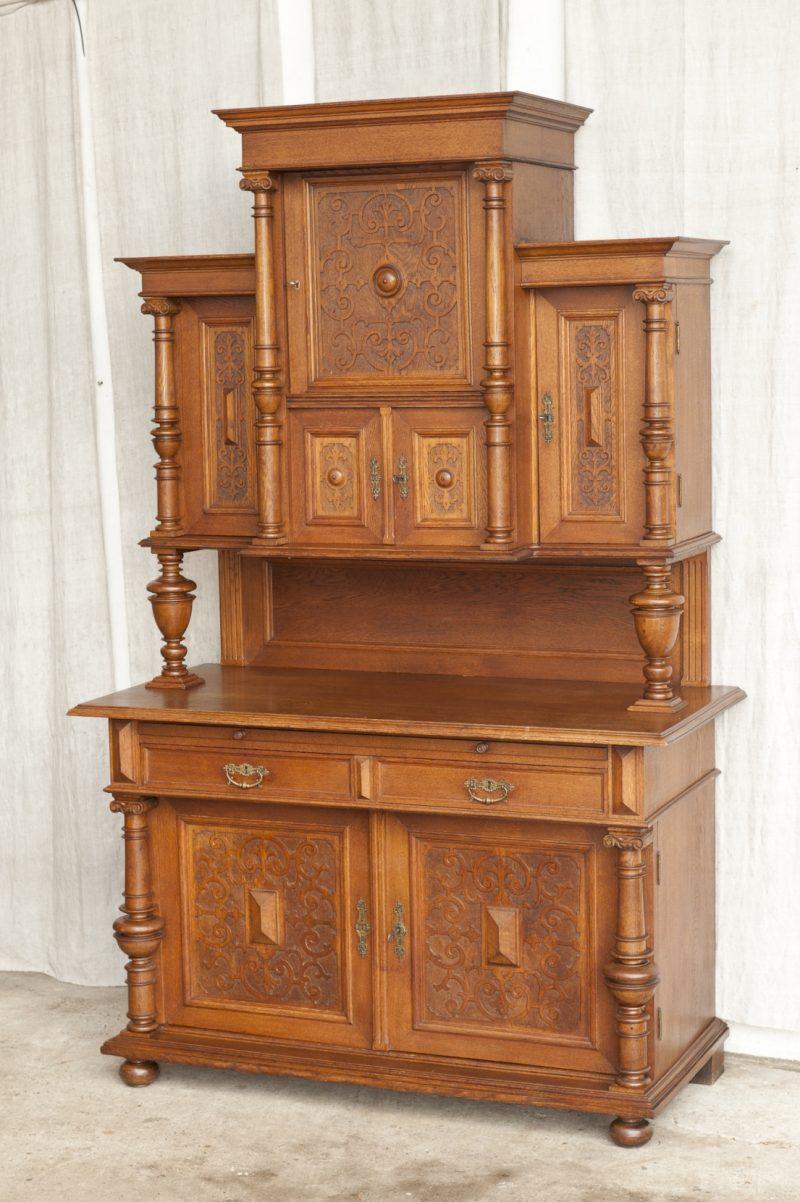 buffetschrank eiche gr nderzeit antik im hof. Black Bedroom Furniture Sets. Home Design Ideas