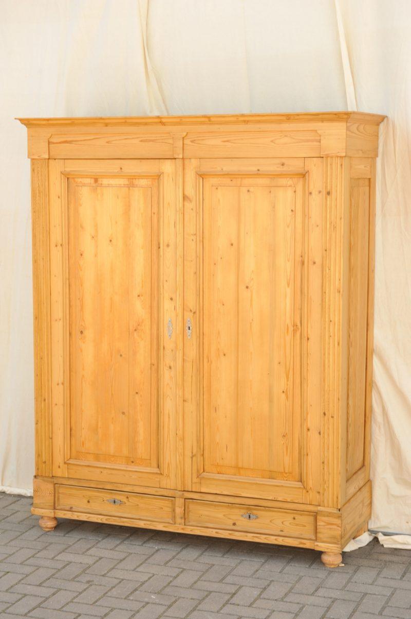gr nderzeit kleiderschrank zerlegbar antik im hof. Black Bedroom Furniture Sets. Home Design Ideas