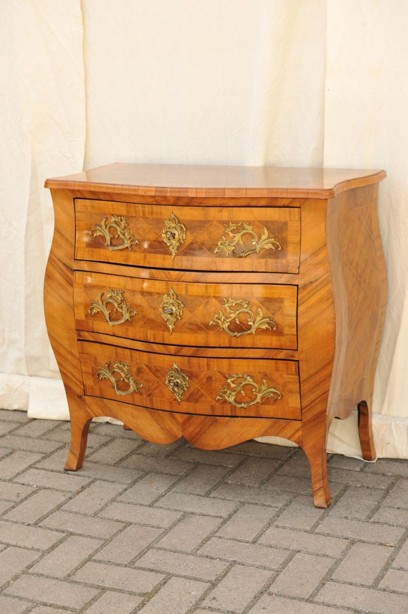 barock kommode rokoko antik im hof. Black Bedroom Furniture Sets. Home Design Ideas