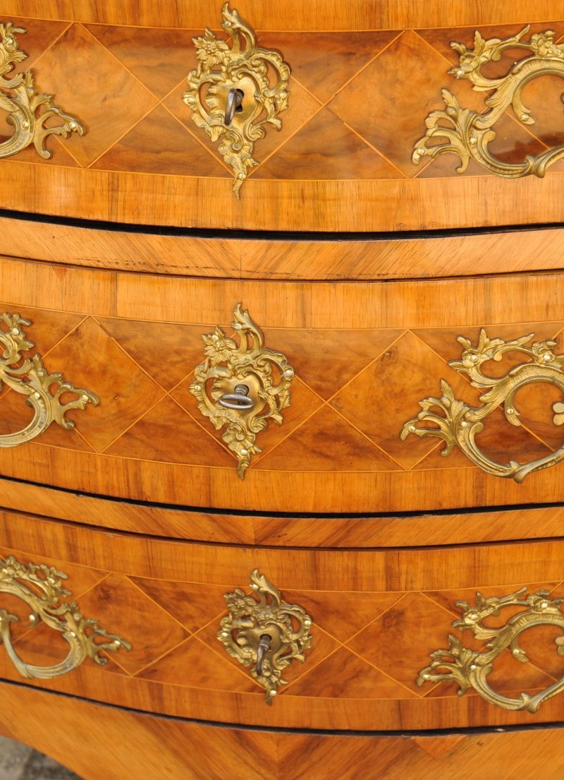 Barock Kommode Rokoko  Antik im Hof