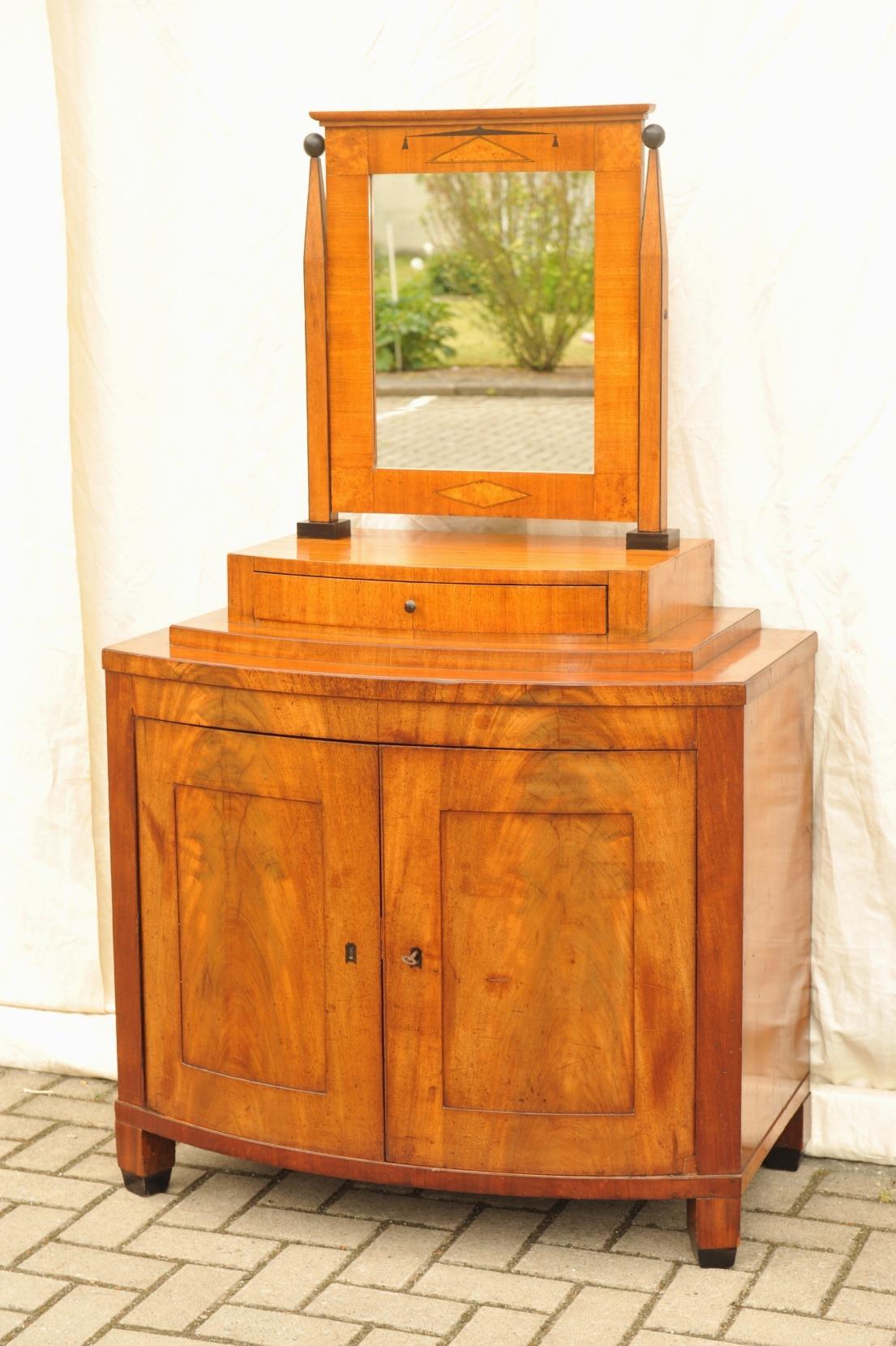 biedermeier kommode mit spiegel antik im hof. Black Bedroom Furniture Sets. Home Design Ideas