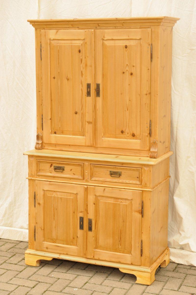 Kleiner kuchenschrank wirtschaftsschrank antik antik im hof for Kleiner küchenschrank