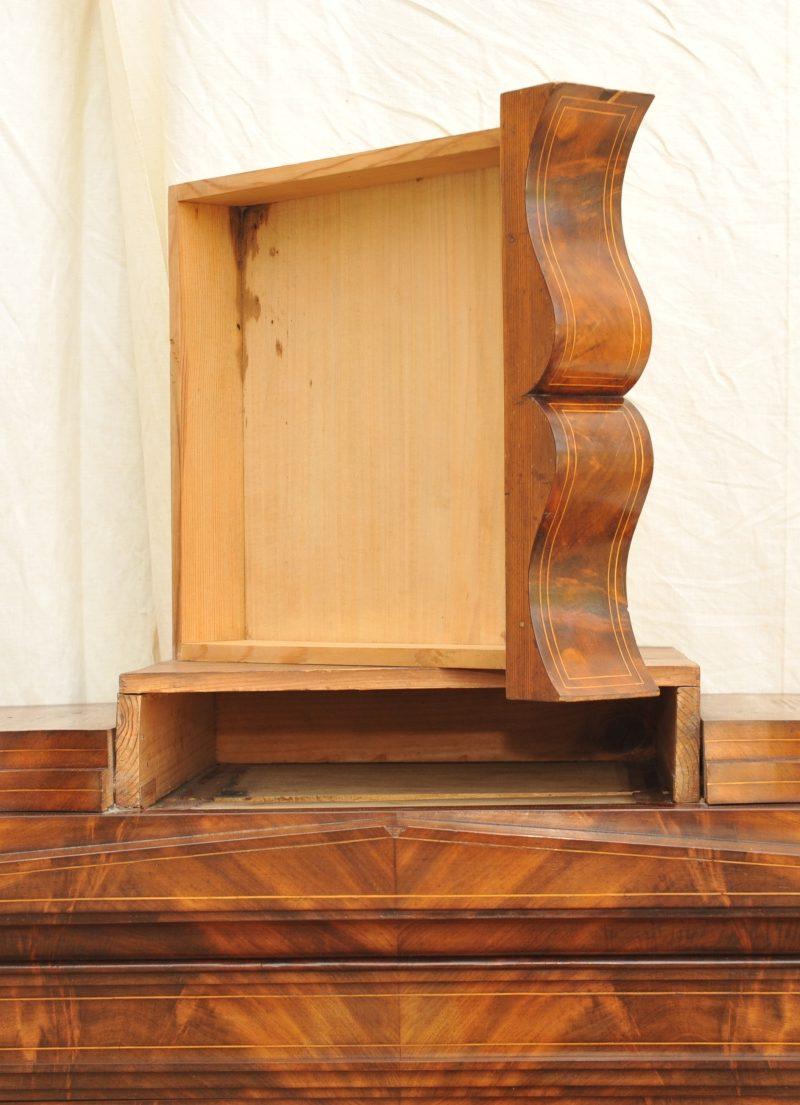 Vitrine Seitenverglast Biedermeier Antik Im Hof Antike