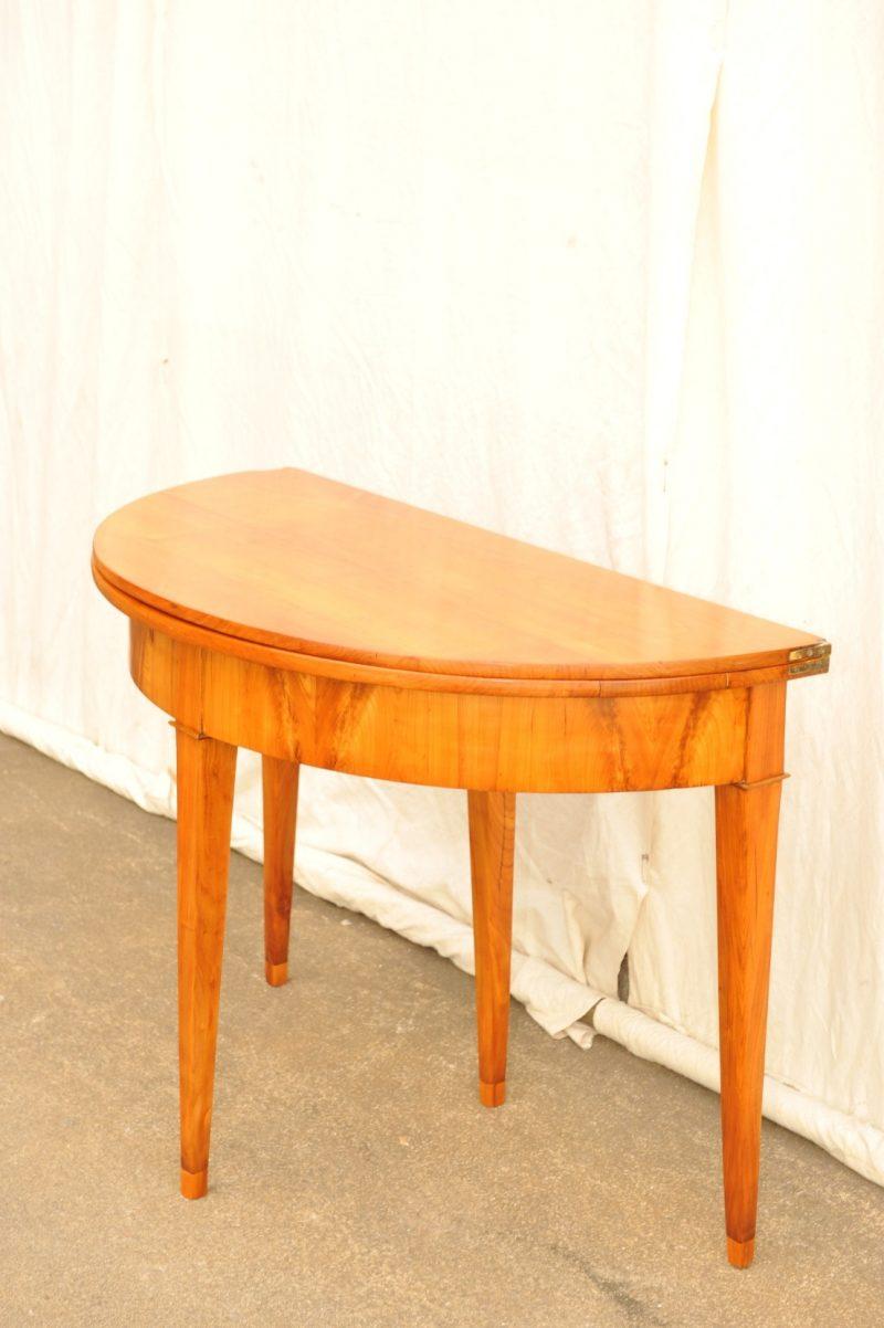 Demi Lune Tisch aufklappbar
