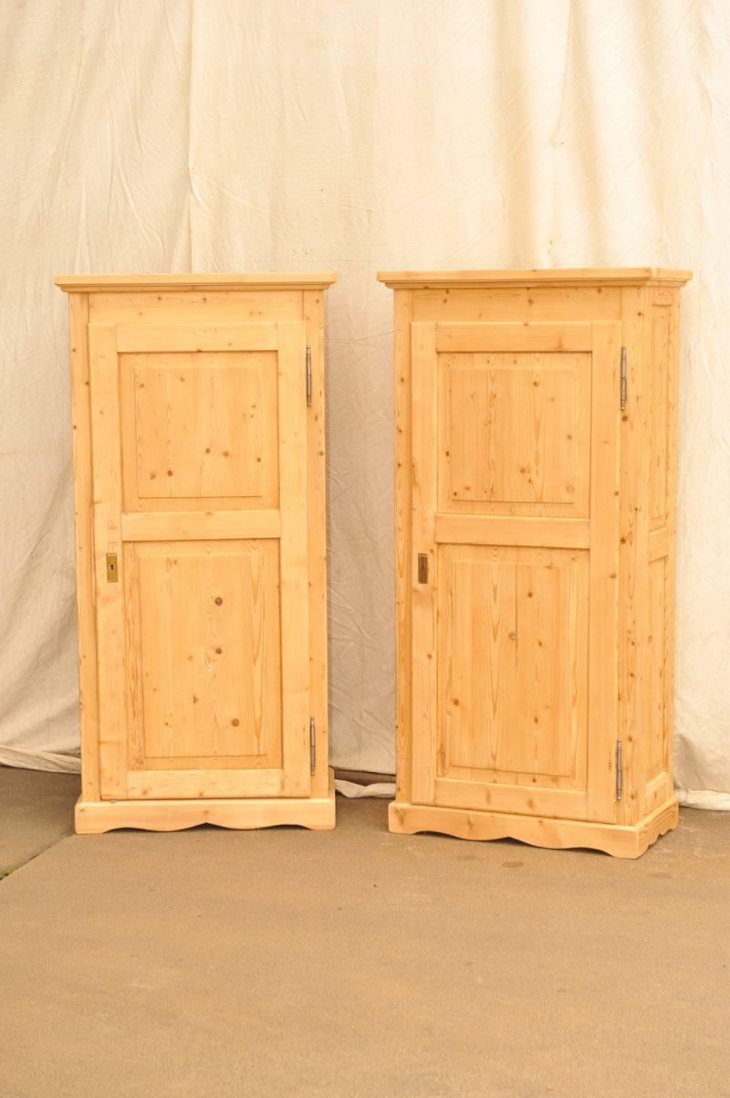 Paar eintürige Schränke von 1840, Weichholz