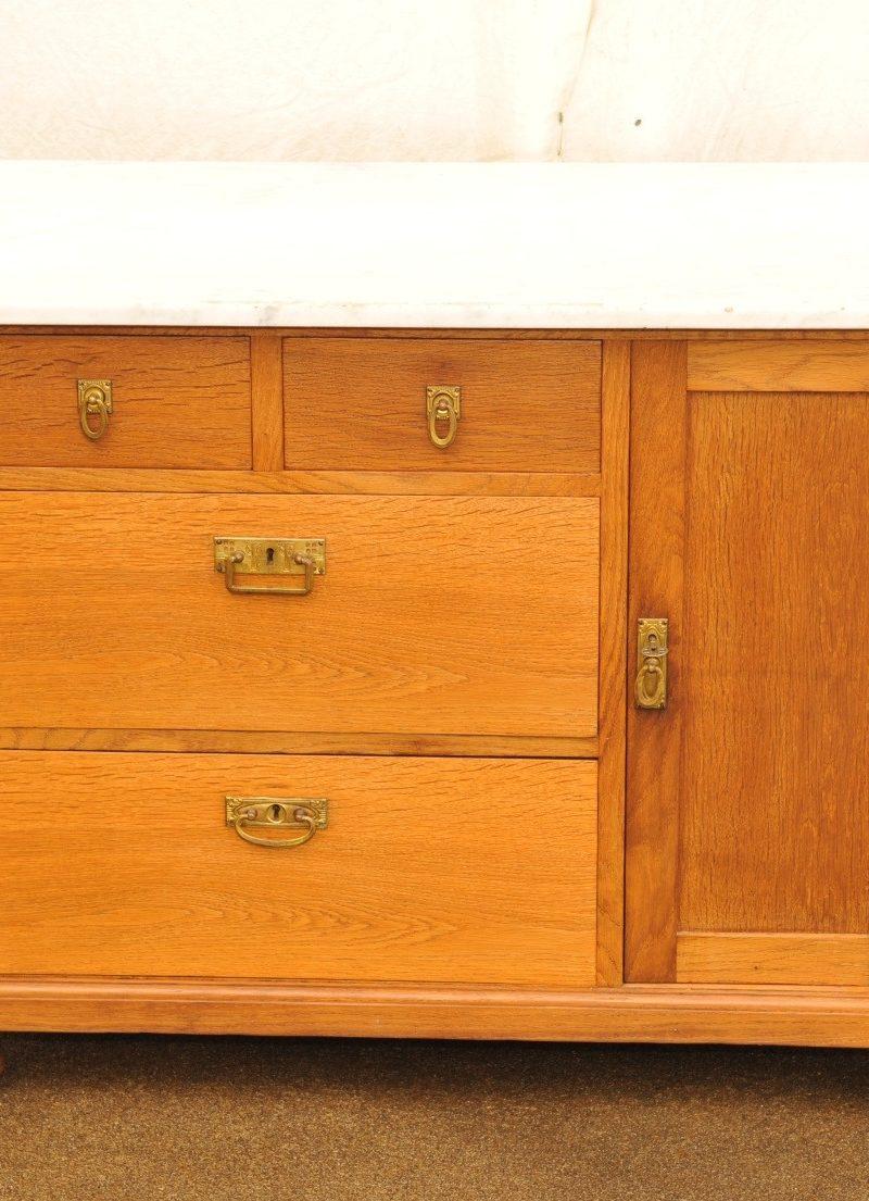 Waschkommode Eiche mit Tür und Schubladen