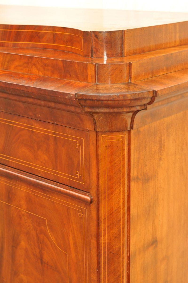Detail Schreibschrank Biedermeier Mahagoni mit Fadeneinlagen