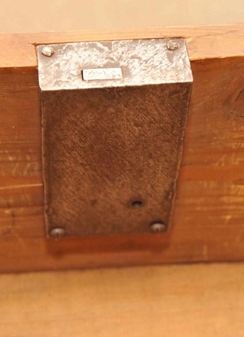 Detail kleine Biedermeier Kommode Kirsche
